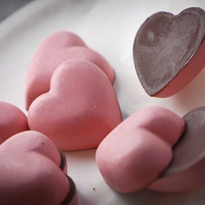 Breast Cancer Awareness hearts Almond. Praline. Fleur de Sel Bonbons